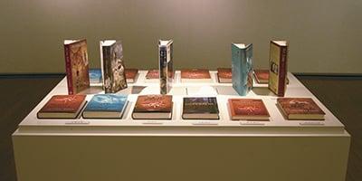 NPO法人 時をつむぐ会《私たちが選んだ評論社の本展》会場・ポスター 2006